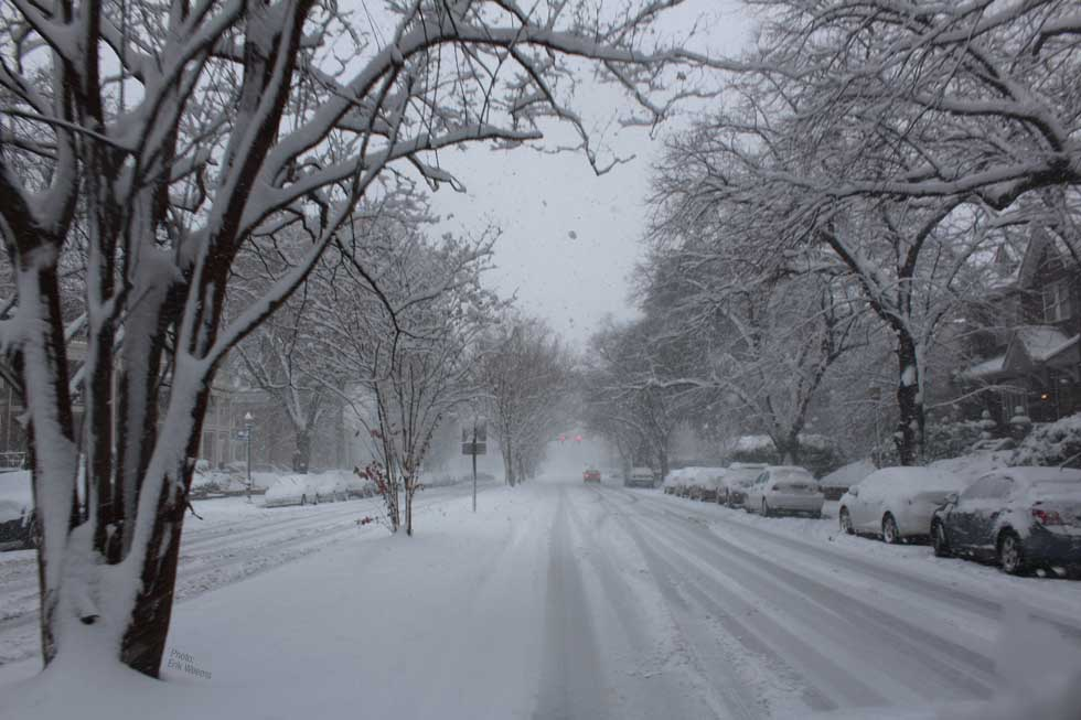 Enlarged image - Boulevard snowed down in Richmond Virginia